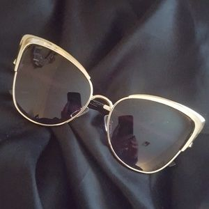 Accessories - New! Sunglasses Womens Huge Cat Eye Gold Frames